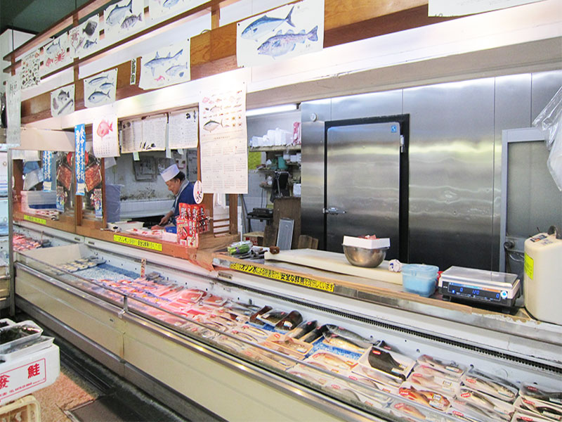 seafood counter in watanabe store